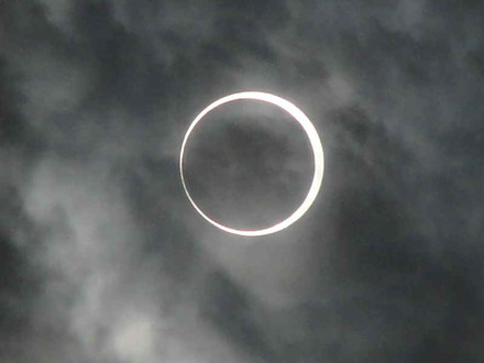 Annular_eclipse_5